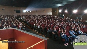 Público lota o Cineplus Emacite na estreia de Velozes e Furiosos 8 (5)