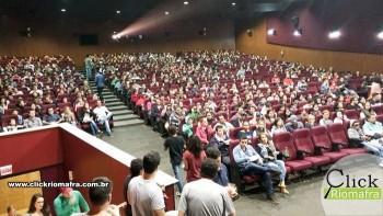 Público lota o Cineplus Emacite para curtir Velozes e Furiosos 8 (2)