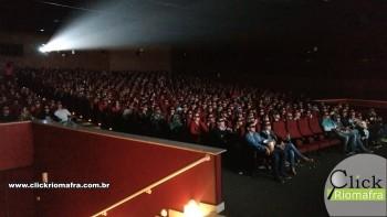 Público lota o Cineplus Emacite para curtir Velozes e Furiosos 8 (3)