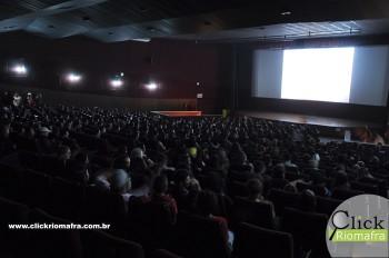 Público lota o Cineplus Emacite para curtir Velozes e Furiosos 8 (8)