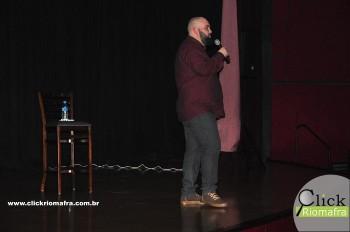 Cineplus Emacite inicia shows de comédia stand-up (13)