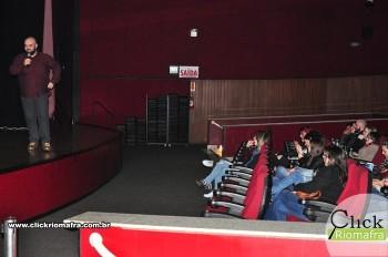 Cineplus Emacite inicia shows de comédia stand-up (14)