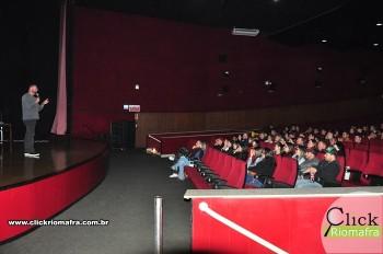 Cineplus Emacite inicia shows de comédia stand-up (19)