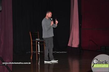 Cineplus Emacite inicia shows de comédia stand-up (21)