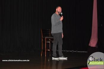 Cineplus Emacite inicia shows de comédia stand-up (5)