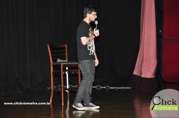 Cineplus Emacite inicia shows de comédia stand-up (6)
