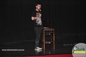 Cineplus Emacite inicia shows de comédia stand-up (7)