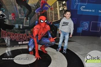Fotos com o Homem-Aranha no Cineplus Emacite Dia 5 (1)