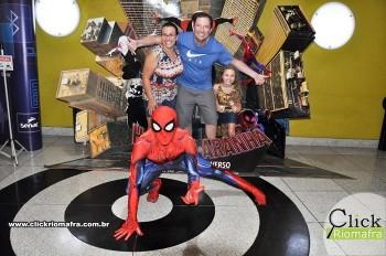 Fotos com o Homem-Aranha visita no Cineplus Emacite Dia 02 (10)