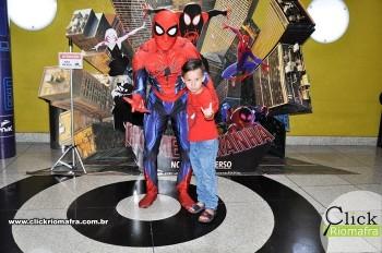 Fotos com o Homem-Aranha visita no Cineplus Emacite Dia 02 (14)