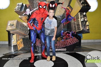Fotos com o Homem-Aranha visita no Cineplus Emacite Dia 02 (2)