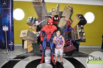 Fotos com o Homem-Aranha visita no Cineplus Emacite Dia 02 (6)