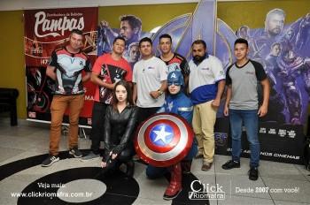 Distribuidora de Bebidas Pampas leva personagens do filme Vingadores ao Cineplus Emacite (111)