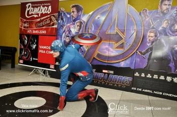Distribuidora de Bebidas Pampas leva personagens do filme Vingadores ao Cineplus Emacite (133)