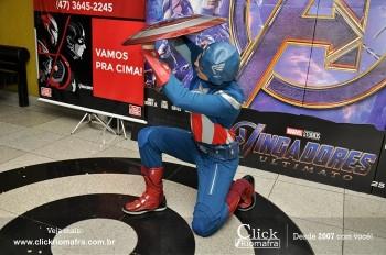 Distribuidora de Bebidas Pampas leva personagens do filme Vingadores ao Cineplus Emacite (137)