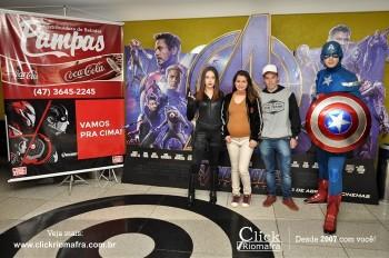 Distribuidora de Bebidas Pampas leva personagens do filme Vingadores ao Cineplus Emacite (14)
