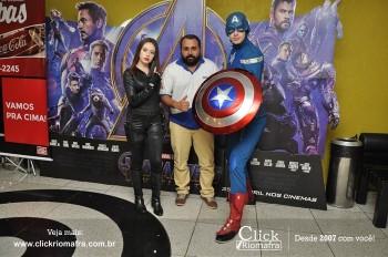 Distribuidora de Bebidas Pampas leva personagens do filme Vingadores ao Cineplus Emacite (144)
