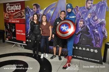 Distribuidora de Bebidas Pampas leva personagens do filme Vingadores ao Cineplus Emacite (147)