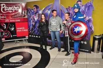 Distribuidora de Bebidas Pampas leva personagens do filme Vingadores ao Cineplus Emacite (18)