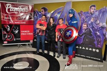 Distribuidora de Bebidas Pampas leva personagens do filme Vingadores ao Cineplus Emacite (19)