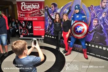 Distribuidora de Bebidas Pampas leva personagens do filme Vingadores ao Cineplus Emacite (39)