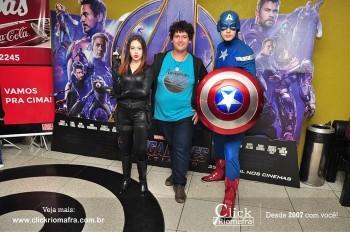 Distribuidora de Bebidas Pampas leva personagens do filme Vingadores ao Cineplus Emacite (41)