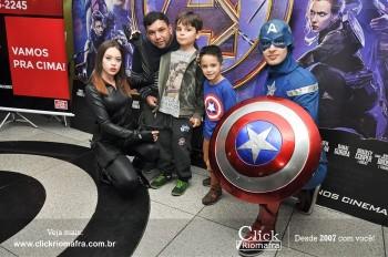 Distribuidora de Bebidas Pampas leva personagens do filme Vingadores ao Cineplus Emacite (56)