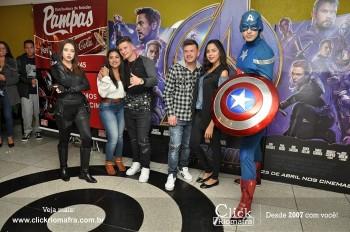 Distribuidora de Bebidas Pampas leva personagens do filme Vingadores ao Cineplus Emacite (63)