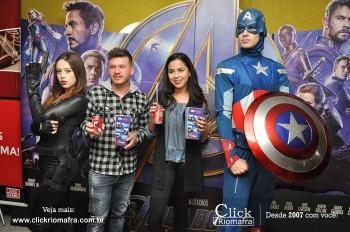 Distribuidora de Bebidas Pampas leva personagens do filme Vingadores ao Cineplus Emacite (69)