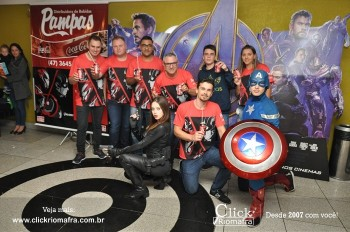 Distribuidora de Bebidas Pampas leva personagens do filme Vingadores ao Cineplus Emacite (74)