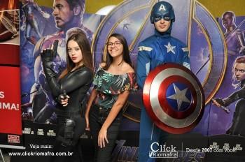 Distribuidora de Bebidas Pampas leva personagens do filme Vingadores ao Cineplus Emacite (90)