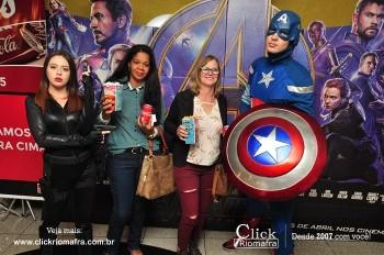 Distribuidora de Bebidas Pampas leva personagens do filme Vingadores ao Cineplus Emacite (91)
