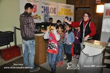 Alunos da escola Olavo Bilac visitam o Cineplus Emacite (4)