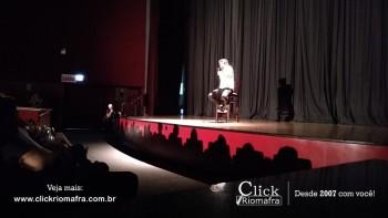 Público lota o Cineplus Emacite para o Show de Humor #Pobrice - Click Riomafra (1)
