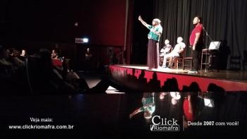 Público lota o Cineplus Emacite para o Show de Humor #Pobrice - Click Riomafra (11)