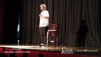 Público lota o Cineplus Emacite para o Show de Humor #Pobrice - Click Riomafra (2)