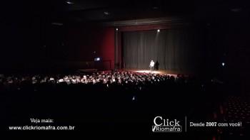 Público lota o Cineplus Emacite para o Show de Humor #Pobrice - Click Riomafra (27)