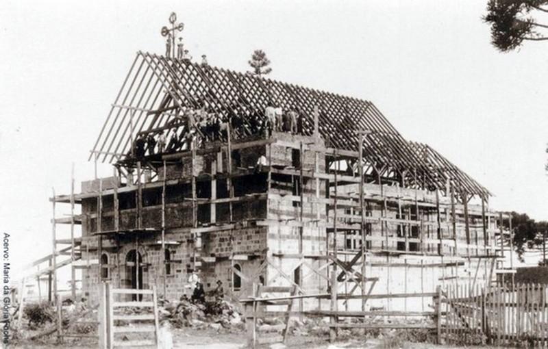 Igreja em construção