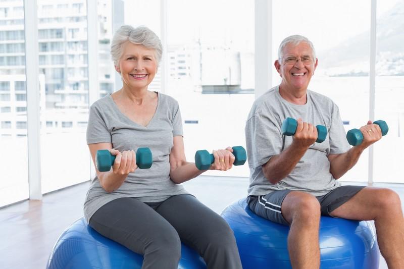 Praticar atividade física é fundamental. Respeitando os limites individuais, é possível ganhar muito em qualidade de vida e bem-estar quando se coloca o corpo em movimento / GB Imagem