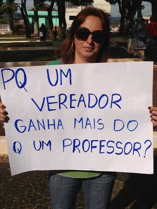 Cidadã mafrense se manifesta sobre o salário dos vereadores