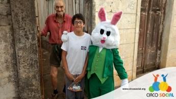 Circo Social realiza ação de Páscoa em bairros de Rio Negro e Mafra (28)