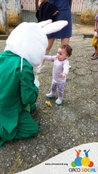 Circo Social realiza ação de Páscoa em bairros de Rio Negro e Mafra (4)