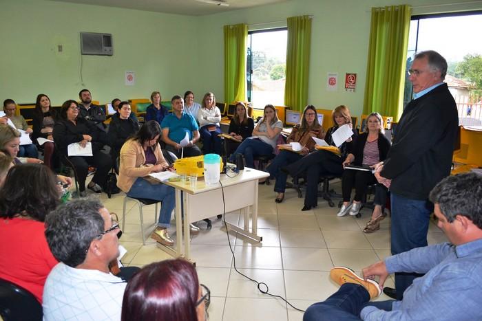 Gerência de Educação da ADR Mafra realiza reuniões com diretores das escolas estaduais da região